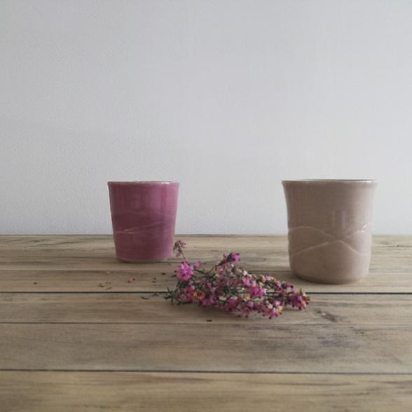 deux tasses en céramique collection bruyère par Myriem Verhille céramiste Hauts de France