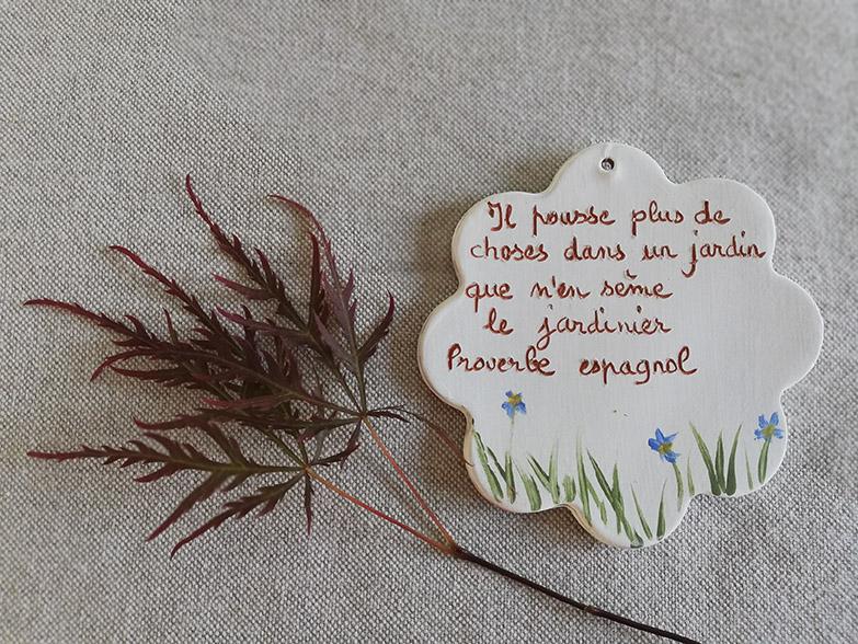 Proverbe espagnol sur céramique par Myriem Verhille céramiste