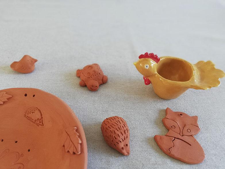 Céramiques réalisées lors d'un atelier parent-enfant chez Myriem Verhille céramiste
